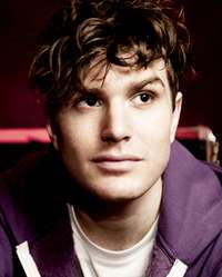 picture-of-joel-dommett