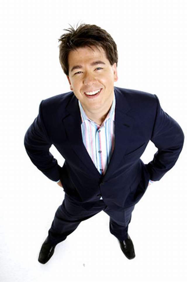 Michael McIntyre wears  (Suit )